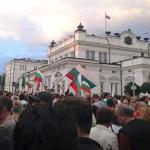 parlament-protesti