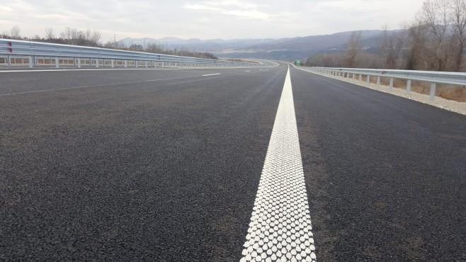 Определят и надзора за пътя Мездра-Ботевград