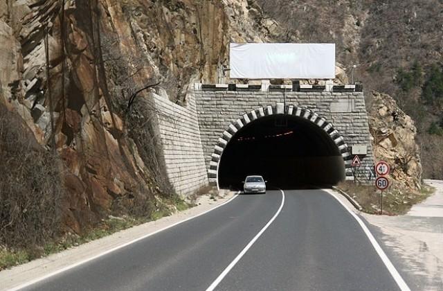 АПИ: В момента тече прединвестиционното проучване за трасе по направлението Монтана-София с тунел под Петрохан