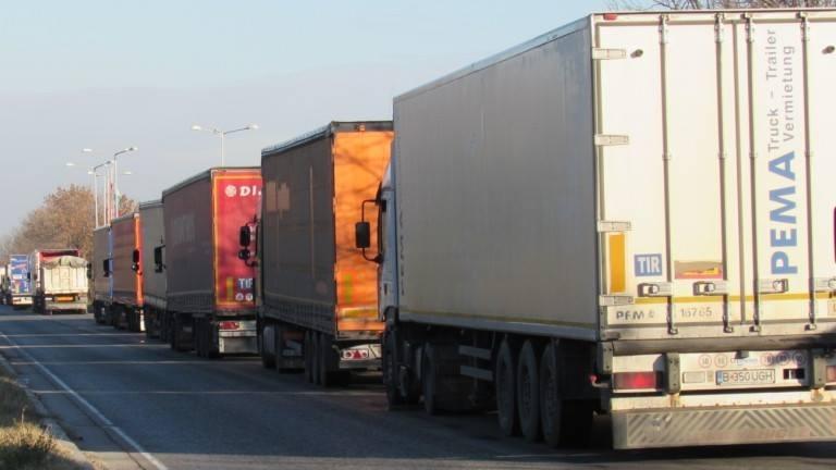 Натоварен е трафикът по път I-1 Монтана – Видин